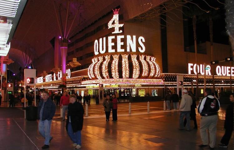 4 Queens Casino Las Vegas